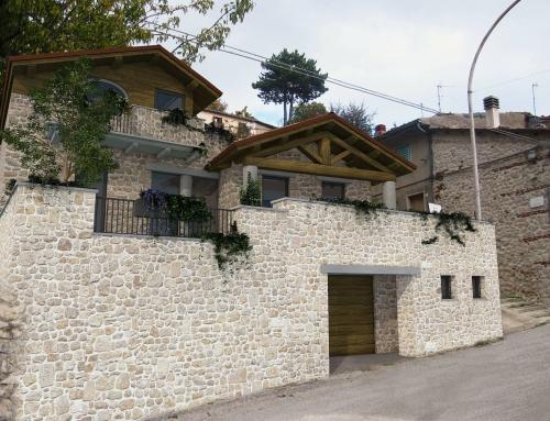 Villa a Rocca di Cambio (AQ)